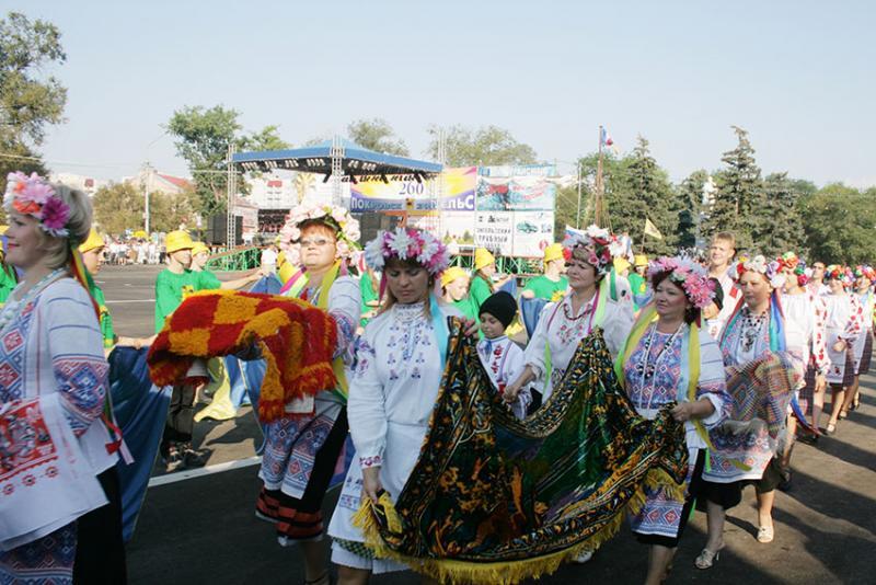 Фото Праздников в Саратове и Энгельсе фотографии