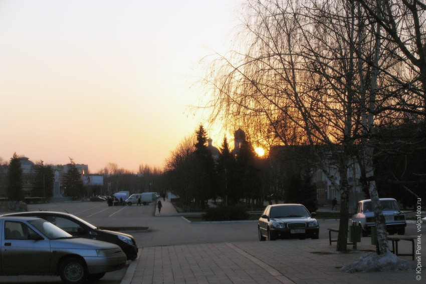 Восход над пл. Ленина