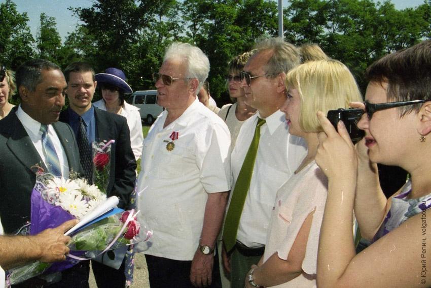 Кубинский космонавт А. Мендест