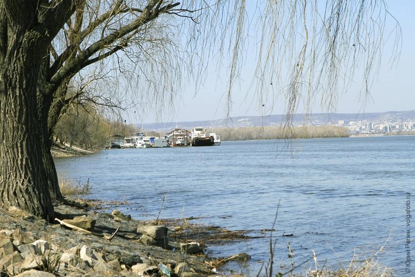 Волга с набережной города Энгельса