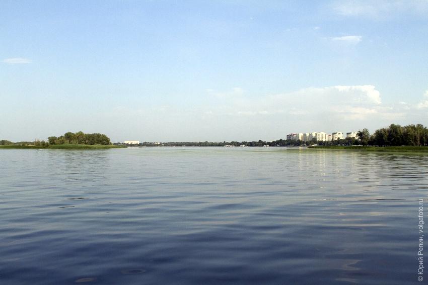 Проплывая мимо города Энгельса