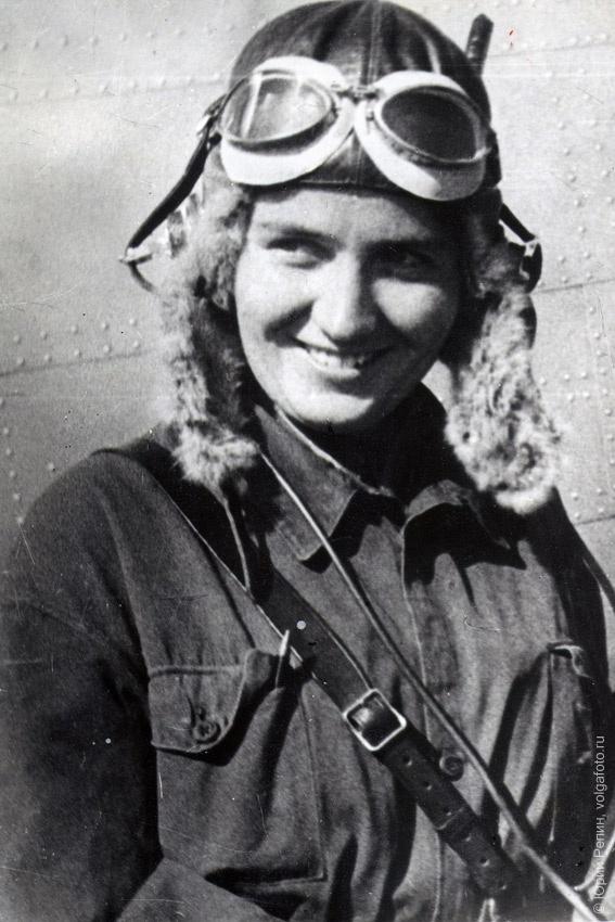 Раскова Марина Михайловна (25.03.1912 – 04.01.1943), лётчица, Герой Советского Союза