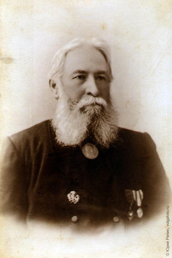 Ухин Николай Алексеевич (1836 – 14.12.1914), меценат, «лично-почётный гражданин слободы Покровской»