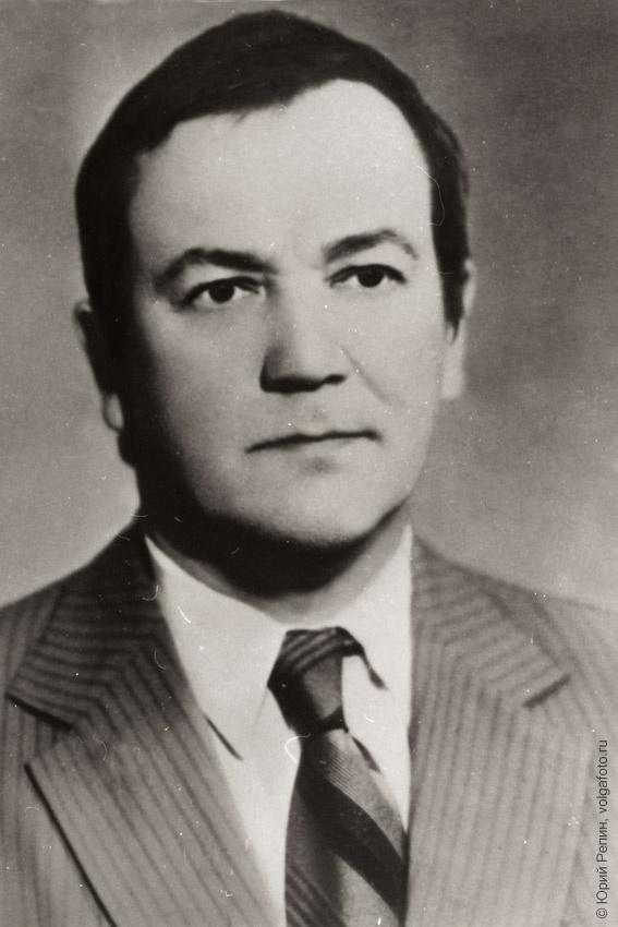 Чеканаускас Витаутас Альгирдо-соавтор памятника Ф. Энгельсу