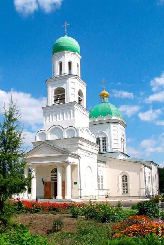 Свято-Троицкий храм: кусочек неба на грешной земле