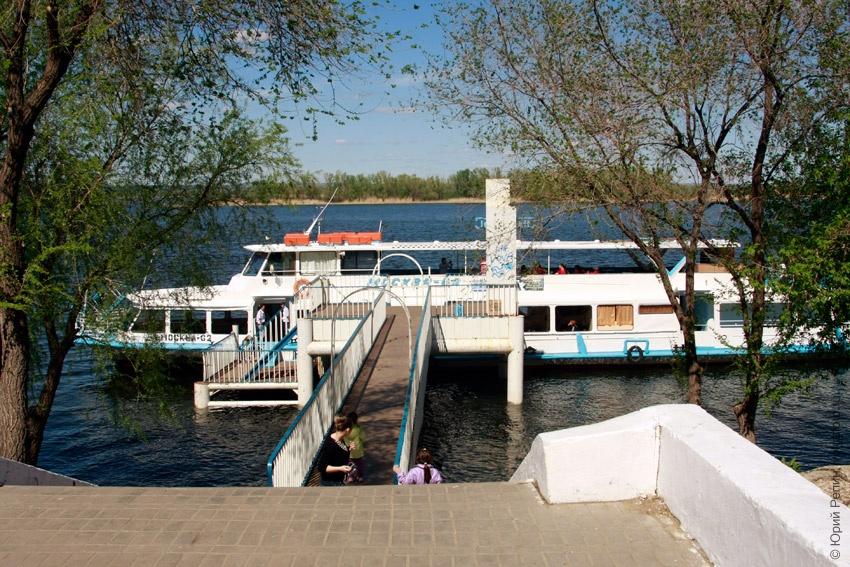 В Энгельсе открылась пассажирская речная навигация